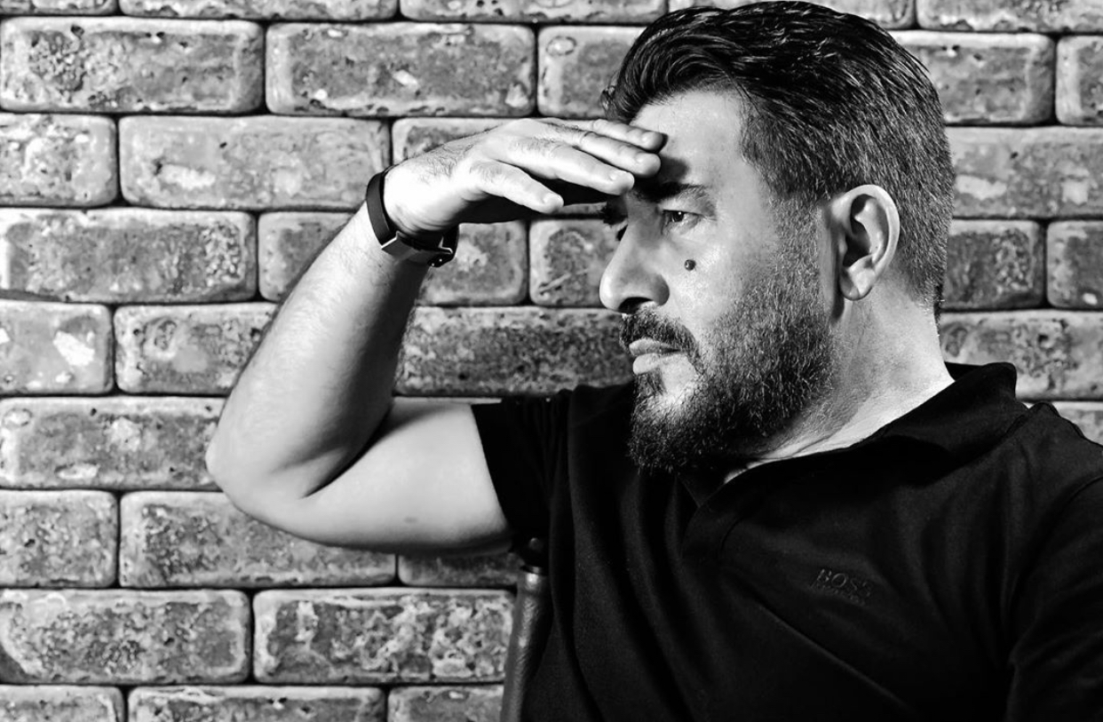 عابد فهد: هل يكون علاج فيروس كورونا خلف الجدار؟