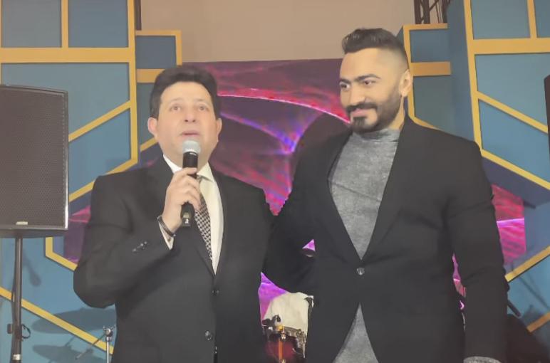 """متابعة نحنا – هاني شاكر يُشيد بغناء تامر حسني لأغنية """"نسيانك صعب"""""""