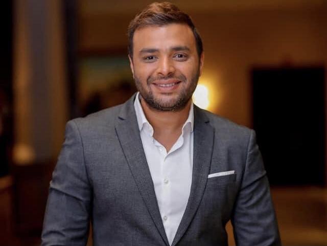"""متابعة نحنا – رامي صبري يحصد نجاح """"عيونه لما قابلوني"""" ويتصدر اليوتيوب"""